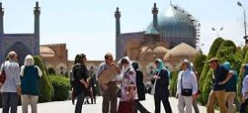 کاهش ۴۰ درصدی ورود گردشگران خارجی به ایران