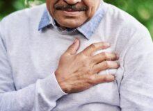 ۸ درد در ناحیهی قفسهی سینه که با حمله قلبی اشتباه میگیریم