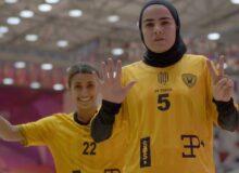ادای احترام فرشته کریمی به مهرداد میناوند در لیگ کویت