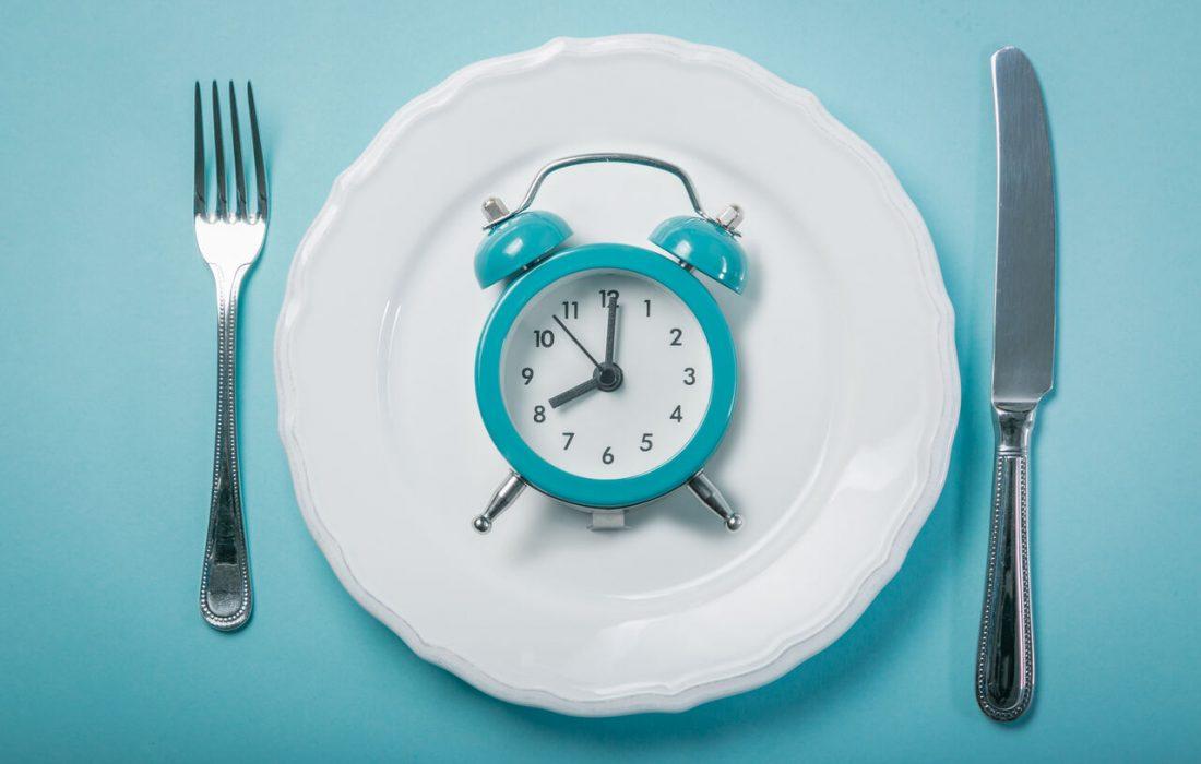 ۷ نکته برای خوردن افطار مقوی و سالم