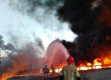 آتش پالایشگاه تهران مهار شد / خاموشی آتش پس از سوختن مواد مخزن